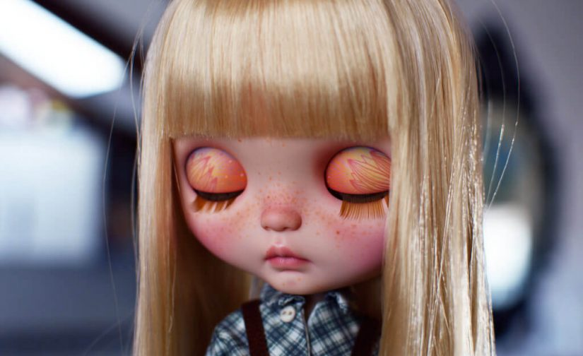 Blythe tutorials: change of look, eyechip and freckles